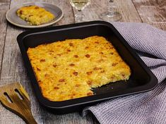 Rösti casserole recipe DELICIOUS - Everyone loves it: Rösti casserole is a great family meal out of the oven! Crock Pot Recipes, Casserole Recipes, Soup Recipes, Drink Recipes, Vegetable Soup Healthy, Vegetable Recipes, Food Blogs, Food Videos, Cheap Meals