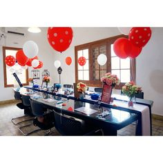 A bridal shower inspiration for those who loves Mickey Mouse and Navy Blue colour. Designed and styled by Fi.