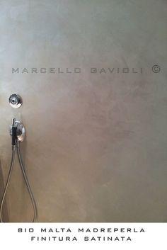 Doccia in resina BioMalta effetto Madreperla www.neromaterico.it www.marcellogavioli.com