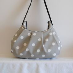 Pleated Bag // Shoulder Purse  Ikat Dots Nova/Birch by lireca