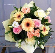 Vegyes csokor  2075 Floral Wreath, Wreaths, Home Decor, Homemade Home Decor, Flower Crowns, Door Wreaths, Deco Mesh Wreaths, Interior Design, Home Interiors