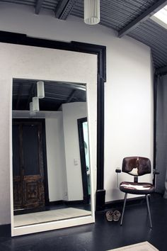 Mirrors symbolize clarity, and self-understanding. #rothzroom
