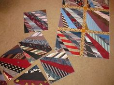Sewing Block Quilts this is how I make my ties quilt Quilting Projects, Quilting Designs, Mens Ties Crafts, Neck Tie Crafts, Necktie Quilt, Shirt Quilts, Tie Pillows, String Quilts, Quilt Tutorials