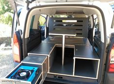 Peugeot Partner Tepee Outdoor - School's out 4 summer. Mini Camper, Small Camper Vans, Vw T3 Camper, Small Campers, Truck Camper, Petit Camping Car, Camping Box, Minivan Camping, Minivan Camper Conversion
