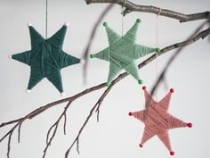 DIY: Yarn-wrapped star ornaments by Søstrene Grene. Anna has come up with the idea to create yarn-wrapped star ornaments to decorate her home. Watch the video and discover how yarn, glue, a few beads and a bit of cardboard can be turned into wonderful Christmas Yarn, Christmas Mood, Christmas Wrapping, Diy Christmas Ornaments, Christmas Decorations To Make, Homemade Christmas, Kids Christmas, Diy Yarn Ornaments, Elegant Christmas