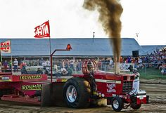 The pull - Lock n Load Truck And Tractor Pull, New Tractor, Farmall Tractors, Old Tractors, Big Trucks, Ford Trucks, Full Pull, Truck Pulls, Old Farm Equipment