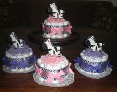 Forme des gâteaux de couches bébé douche par bearbottomdiapercakes