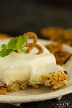 No Cook Lemon Crunch Dessert Recipe perfect for hot weather.