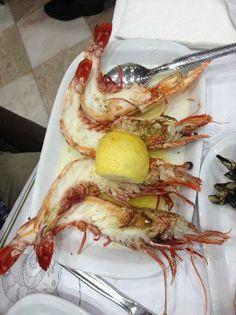 "Cervejaria Ramiro, Lisbon :: ""1950s crustacean utopia"" - http://www.we-heart.com/2013/06/10/cervejaria-ramiro-lisbon/"