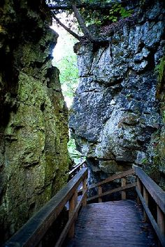 Mono Cliffs Provincial Park in Ontario. Large blocks of limestone flank this staircase. The Bruce Trail runs along the bottom.