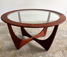 G Plan Furniture, Retro Furniture, Home Decor Furniture, Table Furniture, Furniture Design, G Plan Coffee Table, Retro Coffee Tables, Round Coffee Table, Vintage Stil