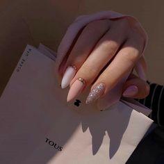 Acrylic Nails Coffin Short, Simple Acrylic Nails, Almond Acrylic Nails, Pink Acrylic Nails, Purple Nails, Long Almond Nails, Black Nails, Chic Nails, Stylish Nails
