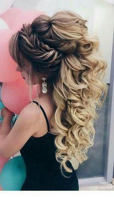 Elstile Long Wedding Hairstyles beautiful hair styles for wedding Wedding Hairstyles For Long Hair, Wedding Hair And Makeup, Bride Hairstyles, Easy Hairstyles, Hair Wedding, Boho Wedding, Wedding Hijab, Hairstyles 2018, Beautiful Hairstyles