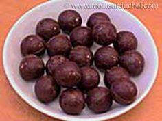 Mold umplut bomboane de ciocolată