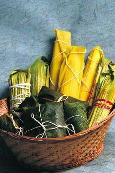 Bollos y Tamales from #Panama both made with a corn-base, both delicious!#ANAYANSI GAMBOA