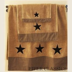 Country Stars Bathroom Decor Inspirational Vintage Star Black Bath towel Country Crafts and Primitive Country Primitive Homes, Primitive Country Bathrooms, Primitive Bathroom Decor, Prim Decor, Primitive Crafts, Country Primitive, Primitive Decorations, Primitive Furniture, Farmhouse Bathrooms