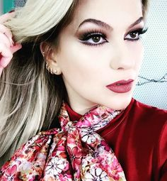 Gravei pra vocês!!!! Aguardem!!! #alicesalazar #makeup #maquiagem #maquillaje