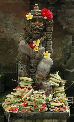 Bali, offering