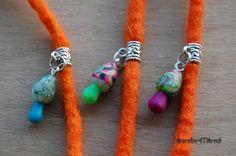 Handgemaakt Polymeer Klei Paddestoel Dread bead kleine 5 mm opening gat door InnerMind op Etsy https://www.etsy.com/nl/listing/210262169/handgemaakt-polymeer-klei-paddestoel