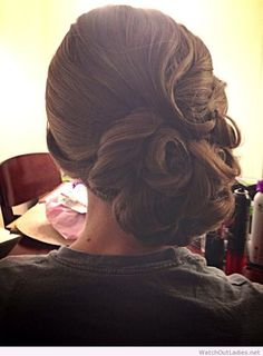 #Vintage updo wedding hairstyle for long hair
