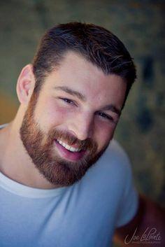 Ryan from Joe Lapointe Photography Short Beard, Sexy Beard, Handsome Bearded Men, Hairy Men, Great Beards, Awesome Beards, Beard Images, Mens Facial, Perfect Beard