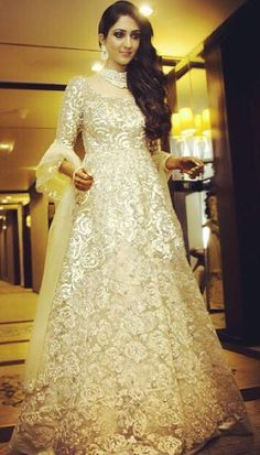 JADE bride Alika Banarjee gleams with joy as she dons her intricately sequinned gown for her wedding reception. Pakistani Wedding Dresses, Pakistani Outfits, Bridal Dresses, Wedding Gowns, Pakistani Couture, Indian Couture, Wedding Ties, Indian Outfits