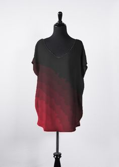 Shop PAPERAIN's original art and design from VIDA. View their unique work and find the best custom-made piece for you. Vida Design, Go Red, Night Looks, V Neck Tops, Cold Shoulder Dress, Skinny Jeans, Women's Rights, Minimalism, Pink
