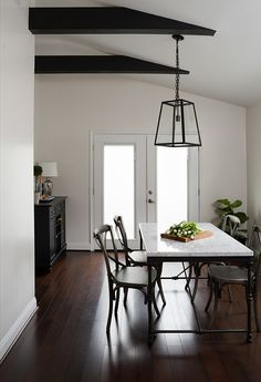 A Luxe Home Makeover By JWS Interiors   theglitterguide.com