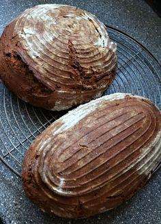 Roggenbauernbrot mit Sauerteig – ohne Hefe #bäckerrezept #hefefrei #slowfood #lassdirzeit   Pidufo's Welt