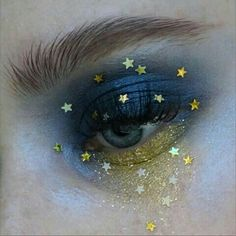 eye makeup oil free eye makeup remover makeup glitter makeup … – Eye make-up Makeup Goals, Makeup Kit, Makeup Inspo, Makeup Inspiration, Hair Makeup, Makeup Ideas, Nose Makeup, Witch Makeup, Makeup Trends