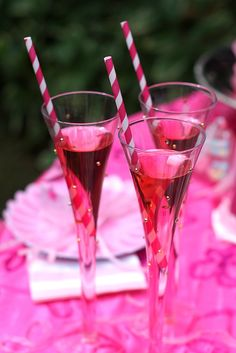 Princess Party food - Pink Princess Birthday Party on a Budget - Pink Princess Punch Paris Birthday Parties, Paris Party, Pink Parties, 21st Birthday, Girl Birthday, Birthday Ideas, Princess Punch, Pink Princess, Princess Birthday