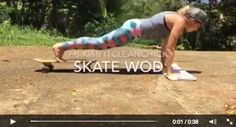 Skateboard workout that you will love (and so will your buns) and I promise your kids will love seeing mom do all these tricks! Keep it fun! #WOD #homeworkouts #fitmom #fitness