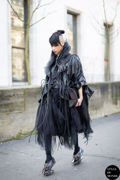 Paris Fashion Week FW 2014 Street Style: Lily Gatins