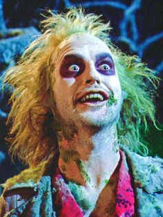 Beetlejuice quotes are meant to be heard not read. Watch Beetlejuice himself rattle off his best and most unusual quotes. Beetlejuice Makeup, Beetlejuice Halloween, Maquillage Halloween, Halloween Fun, Halloween Makeup, Halloween Costumes, Beetlejuice Movie, Beetlejuice Quotes, Beetlejuice