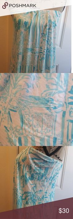 Lilly Pulitzer Tube Top GUC Lilly Pulitzer tube top. Very small pin hole see picture four for details. Lilly Pulitzer Tops