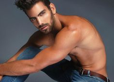 """Concursante de """"America´s Next Top Model"""" es sordo y gay"""