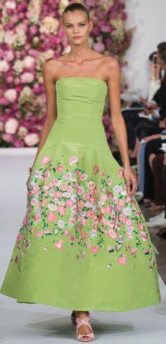 OSCAR DE LA RENTA Spring-Summer 2015 Collection New York Fashion Week