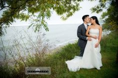 Bluffer's Park is a beautiful place for wedding photos.