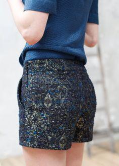 Sézane / Morgane Sézalory - Short Jude Bleu noir - Collection blue velvet - www.sezane.com