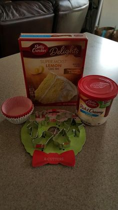 #AirheadsCrafts Holiday Cupcake Topper - ingredients for cupcakes #freestuff @smiley360