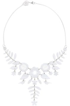 Make a statement in this stunning floral piece. Designed to form the focal point of your outfit