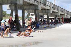 Cool breezes under Jacksonville Fishing Pier. Jacksonville Beach, September 2, Us Beaches, Amazing Photography, Stuff To Do, Fishing, Florida, Street View, The Florida