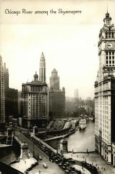 Real Photo Postcard Chicago River among the skyscrapers Illinois 1933 Chicago World Fair Chicago River, Chicago Area, Chicago Illinois, Chicago Pictures, Amazing Photography, Better Photography, My Kind Of Town, White City, Photo Postcards