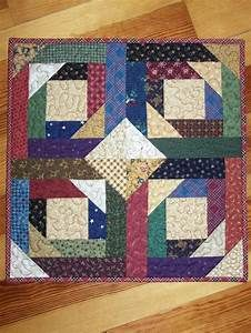 Pineapple Log Cabin Patchwork Quilt Wall Hanging in Thimbleberries Quilted | Quilt, Cabin and Logs