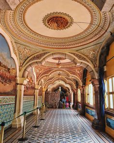 "55 Likes, 9 Comments - Divya Vasu 📷 (@divya_vasu) on Instagram: ""Mysore palace interior  #insidepalace #interiordesign #interiors #mysuru #mysorepalace #mysore…"""