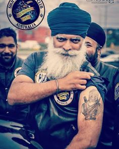 Our past defines us !! I have never been a Saint or claim to be one !! I came back to Sikhi around 19 yrs ago & now feel complete.  I have seen both sides of life so I can smell bullshit a mile away !  Living a life on the streets is a great teaching environment!  From the dark side into the light !  #OurPastDefinesUs #LessonsOfLife #NoBullshit #StraightTalking #PangayNahiChangay #ButSometimesPangayAreChangay #BeUnique #SuperSikh #SikhBeard #TattooedMunda #Inked #BeardsAndTattoos Baba Deep Singh Ji, Bad Beards, Indian Army Special Forces, Shri Guru Granth Sahib, Sikh Quotes, Military Girl, Turban Style, Irish Men, Gentleman Style