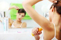 CÓMO QUITAR EL MAL OLOR EN TUS AXILAS. El mal olor de las axilas puede llegar a ser muy molesto para ti y los que te rodean. Por ot...