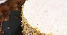 Mikor tavaly elkészítettem ezt a málnás joghurt mousse tortát, azonnal eldöntöttem, hogy ezentúl én csakis ilyen típusú édességeket csinál... Mousse Cake, Vanilla Cake, Food, Food Cakes, Yogurt, Essen, Meals, Yemek, Eten