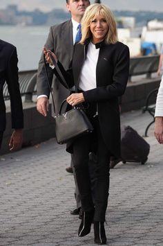 Pour Sa Tenue Brigitte Macron A Jou La Carte De Sobrit New York
