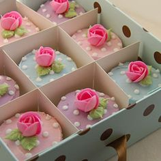 Decorative Cupcake Boxes Cupcake Monday Fabulous Cupcake Boxes From Jules' Cupcakes